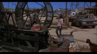 Tu la sens, l'absurdité du travail qui consiste à courir dans la roue d'une pompe mécanique ?