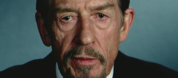 Adam Sutler, le dictateur en chef.