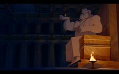 Hercule dans la main de la statue de son père.