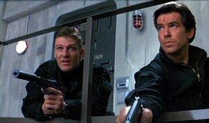 """""""James, je peux me prendre trois balles, et après je vais mourir contre un arbre, OK ?"""" """"Non."""" - et c'est pour ça que James Bond et Boromir ne sont pas amis."""