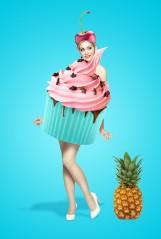 Un gâteau à la nana et un ananas