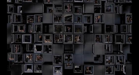 Plein de petites cases, comme autant de clichés que le film n'a pas su éviter.