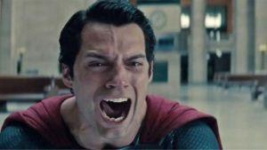 Pleure pas comme ça, tu restes un bon film à mes yeux, mais moins bon que Superman Returns sur le développement du personnage principal.