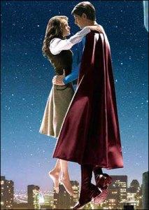 Quelque part, mettre cette scène au centre du film, c'est aussi mettre la relation entre Lois et Superman au centre de l'intrigue. La construction je vous dis.