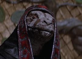 Thulsa Doom se changeant en serpent.