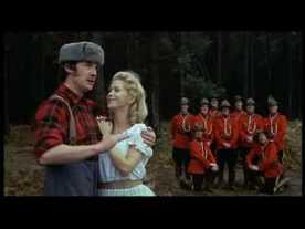 Oui, parce que les Monty Python comme Alice jouent avec des choses que le spectateur ou lecteur a l'habitude de voir, et les détournent. Les vrais savent pourquoi j'ai choisi cette images, les autres cliquent ici.