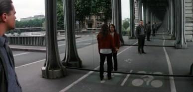 Ceci n'est donc pas une inception, ni une Leoception, ni une mirrorception. C'est juste deux miroirs qui se reflètent.