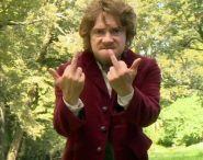 Dans la tête de Bilbo, quand on lui propose de rester pour l'enterrement de Thorin.