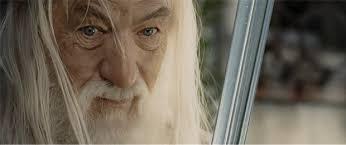 Gandalf le Blanc, consultant en morts à répétitions.