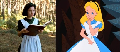 Ofélia et Alice ont la même robe : verte pour l'une, bleue pour l'autre.