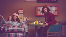 """Image extraite du clip """"The Bobos - Quinoa"""" du Palmashow."""