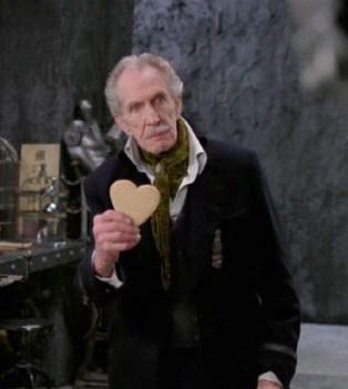 Vincent Price dans Edward aux mains d'argent.