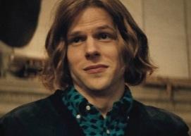 Lex Luthor joué par Jesse Eisenberg.