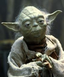 Yoda proposant un commentaire de ce film.