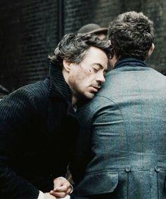 Sherlock lance Câlin ! C'est étrangement efficace...