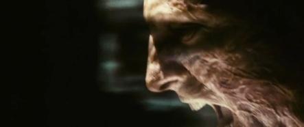 Le personnage du monstre joué par Mark Strong s'énervant un peu.