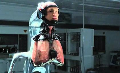 Alex Murphy sans son armure dans Robocop de 2014