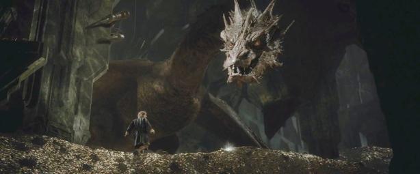 D'ailleurs à un moment il a un vieux trip dans lequel il est un dragon et où Watson est encore plus petit que d'habitude, c'est chelou.
