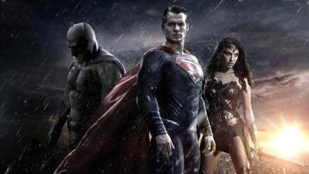 Superman, Batman et Wonder Woman dans Batman Vs Superman