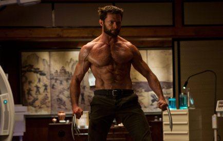 Wolverine torse nu sur le point de combattre Singen