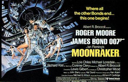 L'affiche UK de Moonraker avec Roger Moore