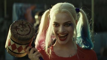 Harley Quinn et son marteau.