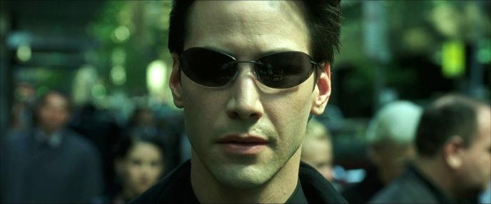 Le héros Néo dans le premier film Matrix