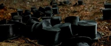 Les chapeaux clonés de Hugh Jackman dans le Prestige