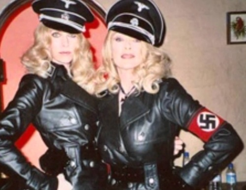 Une image du trailer parodique Werewolf Women of the SS