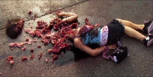 Un cadavre explosé issu du film Destination Finale