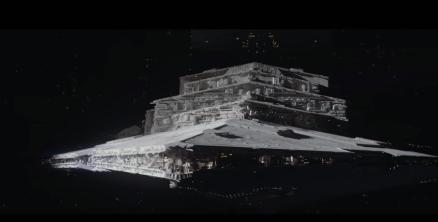 Cette image fait facilement partie des plus beaux plans du film, et montre que vraiment, rien ne vaut une maquette bien filmée, la CGI n'est pas au niveau.