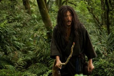Kichijiro dans son apparence ressemble d'ailleurs beaucoup à l'idée qu'on pourrait se faire d'un Christ japonais, et en un seul visionnage il me semble très difficile de faire absolument le tour du personnage, qui est d'une complexité fascinante.