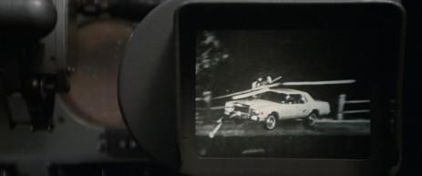 Un plan sur l'écran sur lequel est diffusé le film de l'accident