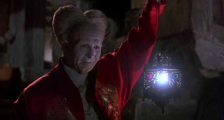 Gary Oldman dans le rôle de Dracula