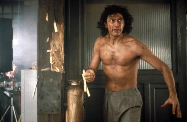 Jeff Goldblum torse nu dans la Mouche